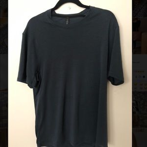 Lululemon navy blue shirt